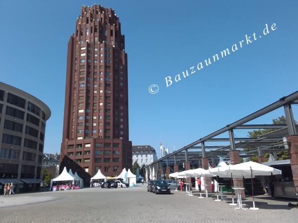 Walter-von-Cronberg-Platz